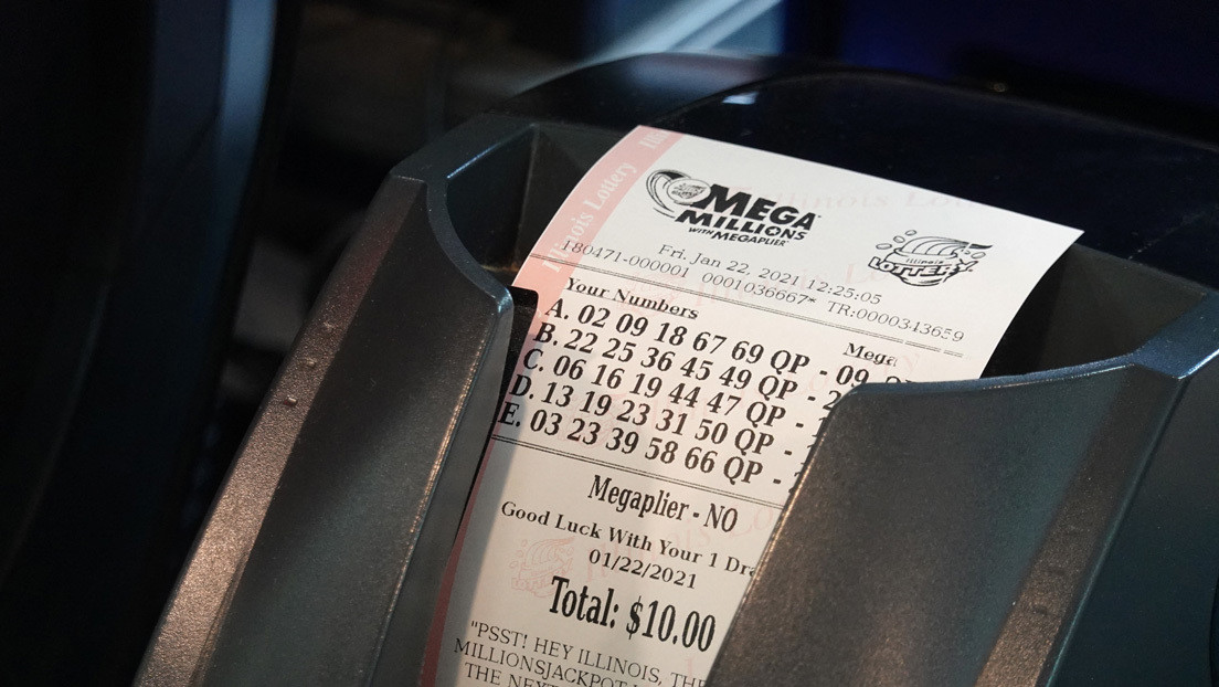 Compra un boleto de lotería premiado con 26 millones de dólares y lo destruye accidentalmente en la lavadora