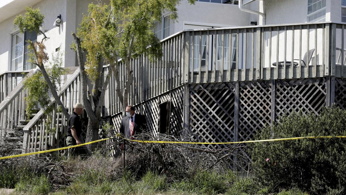 Acusan a los padres del presunto asesino de una estudiante de ayudarlo a esconder el cadáver