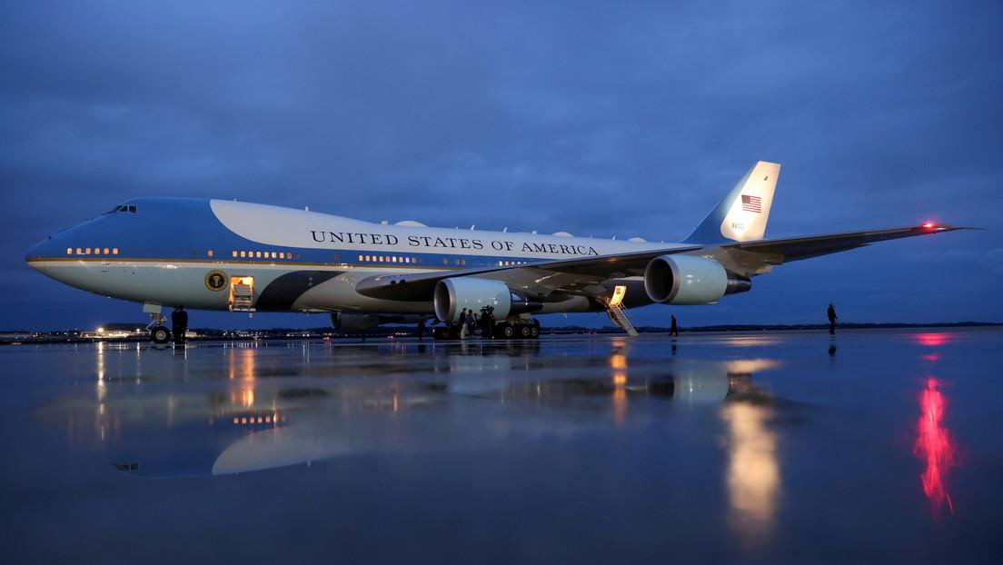 Despliegan un escuadrón en la base del avión presidencial de EE.UU. tras afirmar el conductor de un vehículo que llevaba explosivos (VIDEO)