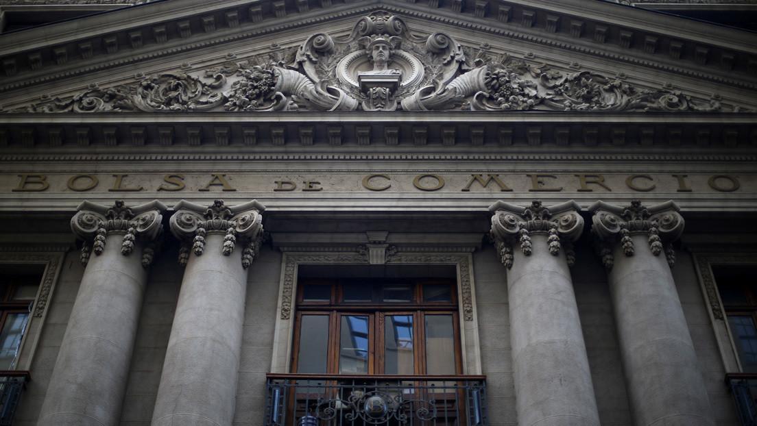 La Bolsa de Comercio de Santiago se desploma un 9,6 % tras las elecciones por la Constituyente