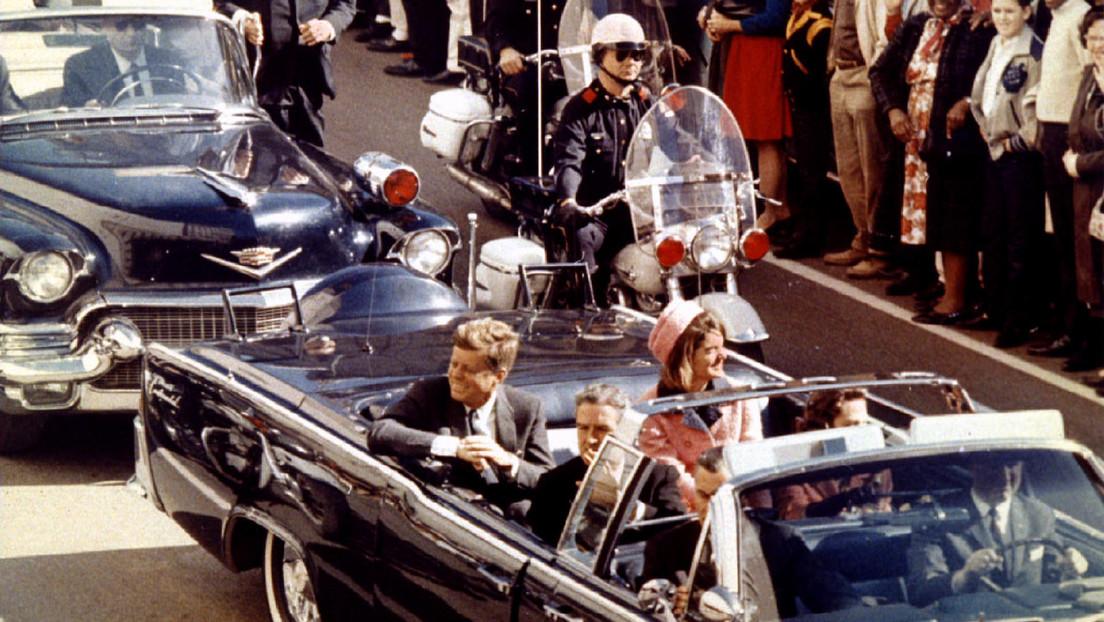 John F. Kennedy ordenó al Servicio Secreto de EE.UU. que se mantuviera a distancia el día del asesinato, según un nuevo libro