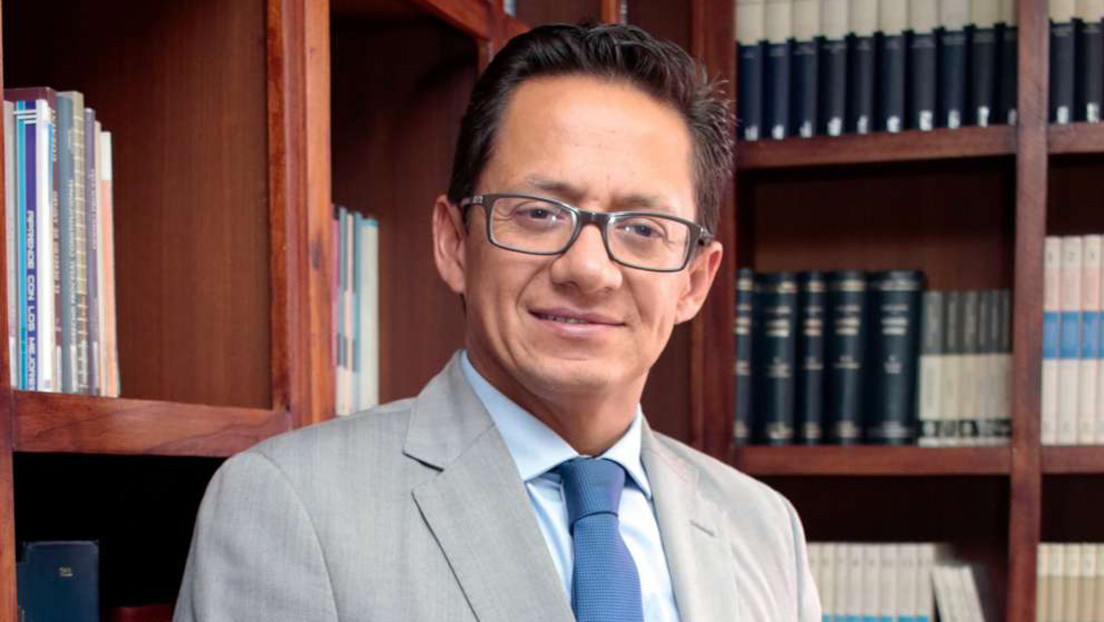 Dictan prisión preventiva contra el Defensor del Pueblo de Ecuador por un presunto abuso sexual