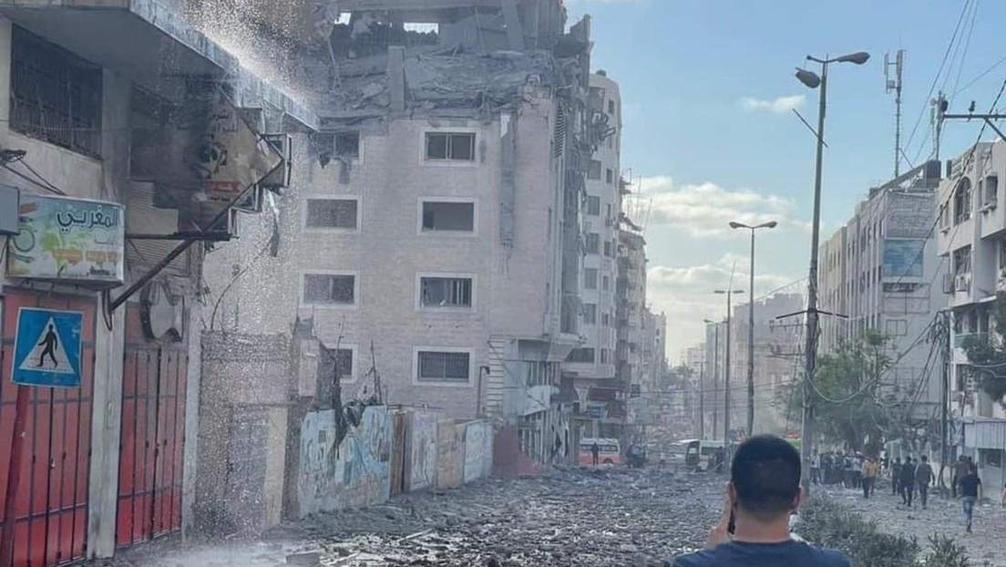 Israel ataca un edificio de la Media Luna Roja en la Franja de Gaza, dejando dos muertos y 10 heridos