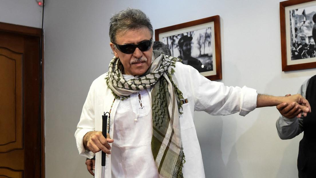 """El Gobierno de Colombia """"verifica"""" informes sobre el presunto abatimiento de 'Jesús Santrich', miembro de las disidencias de las FARC"""