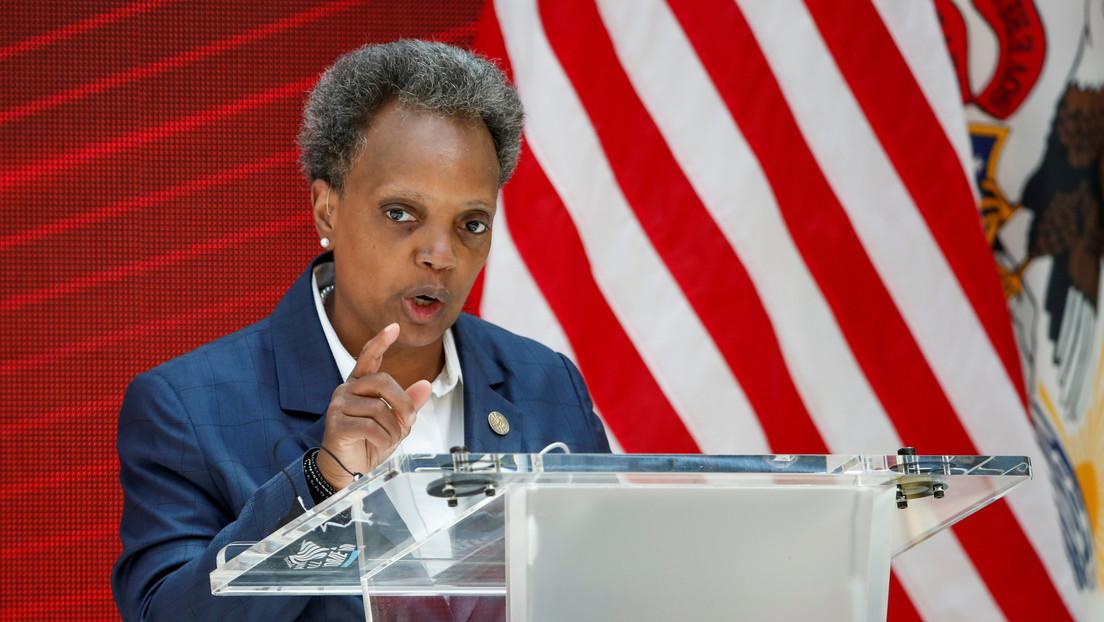 """La alcaldesa de Chicago solo concede entrevistas a periodistas """"negros o morenos"""" alegando la necesidad de diversidad"""