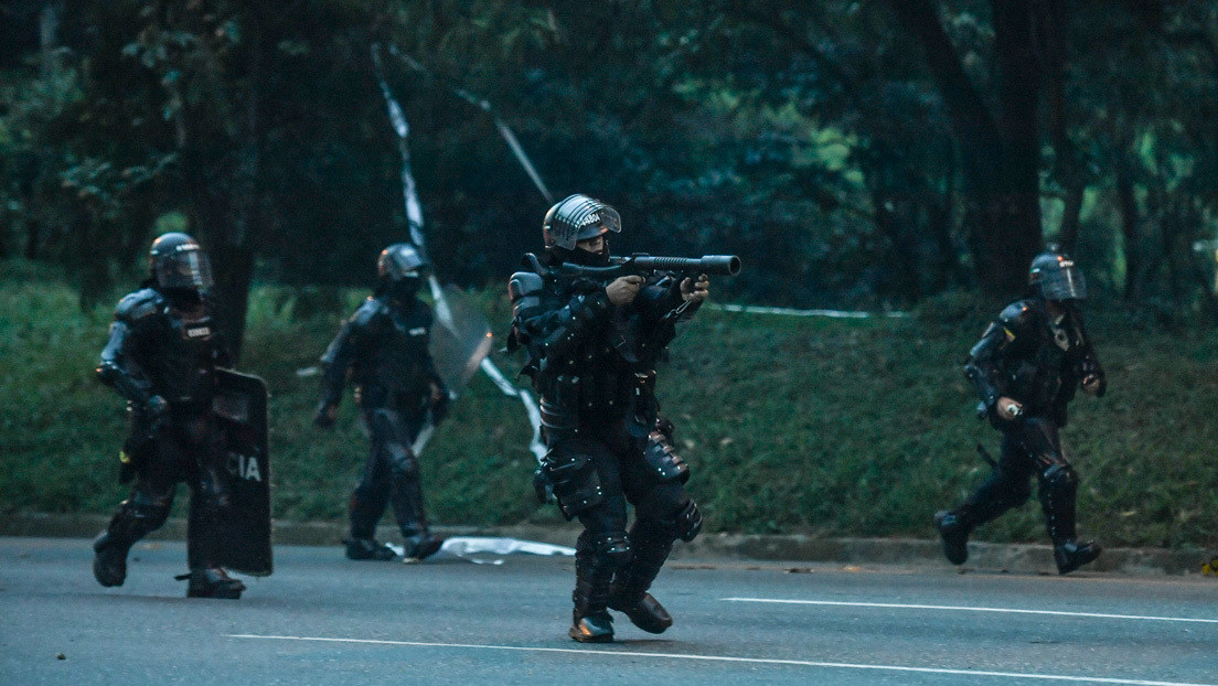 """Amnistía Internacional insta a EE.UU. a suspender venta de armas y equipo a Colombia porque son usadas para """"reprimir las protestas"""""""