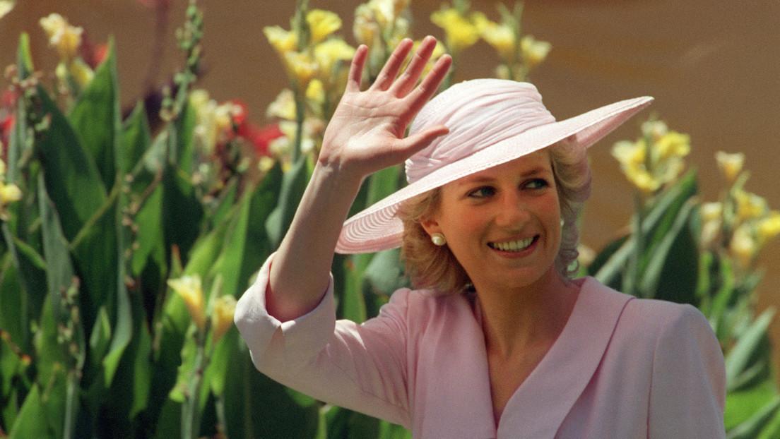 """BBC encubrió las prácticas """"engañosas"""" que usó un periodista para obtener la famosa entrevista con la princesa Diana de 1995, según una investigación"""