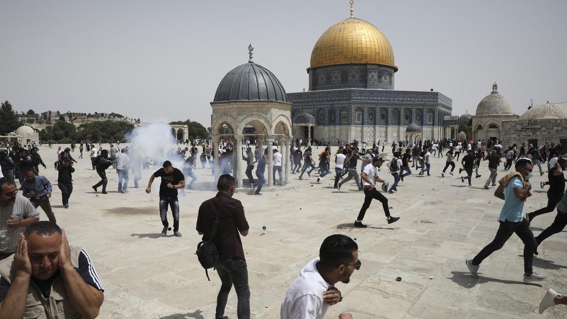 20 palestinos heridos en los choques con la Policía israelí, que usó gases lacrimógenos y balas de goma para dispersar una multitud en Jerusalén Este