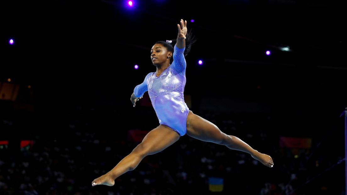 VIDEO: La prominente gimnasta Simone Biles sorprende con un nuevo y peligroso salto, nunca antes ejecutado por una mujer en competiciones