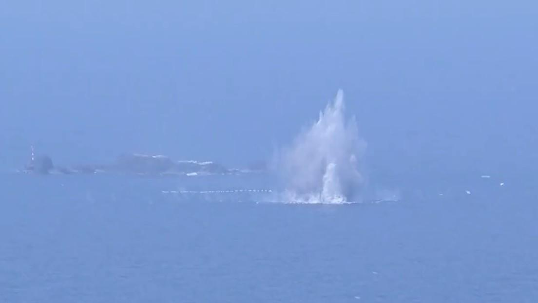 """Aviación militar china dispara """"miles de municiones"""" durante un ejercicio en el mar de la China Meridional"""