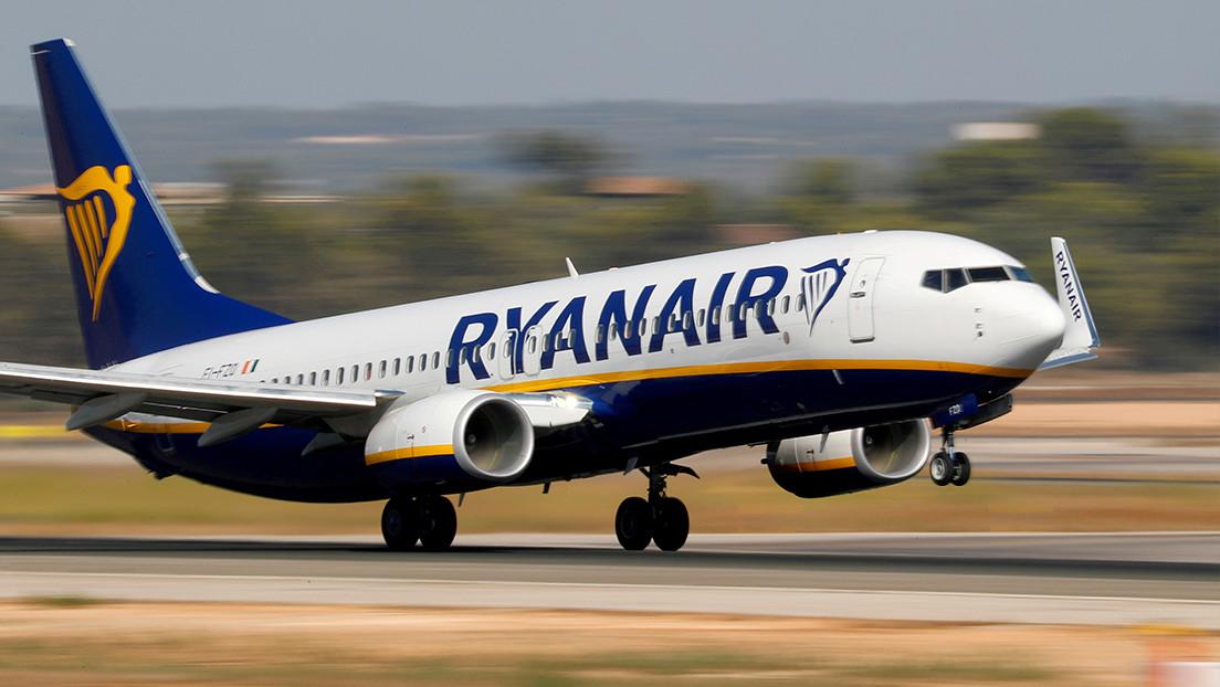 """Lukashenko afirma que """"actuó legalmente"""" en el incidente del avión de Ryanair y que el aviso de bomba llegó desde Suiza"""