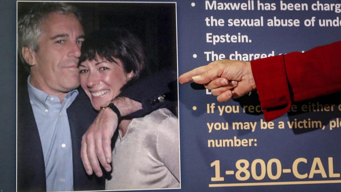 Dos guardias que dormían o navegaban por Internet la noche que se suicidó Epstein evitarán la cárcel