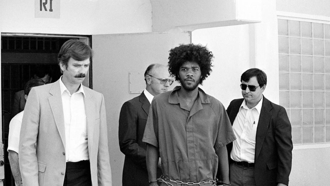 Ordenan revisar el caso de un recluso condenado a muerte en EE.UU., que afirma haber sido incriminado por la Policía