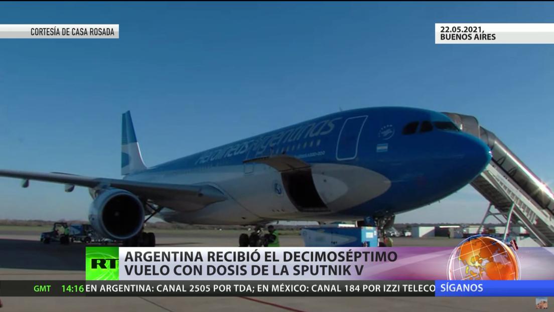 Argentina recibe un nuevo cargamento de la vacuna Sputnik V y el presidente de Bolivia se inocula con el fármaco