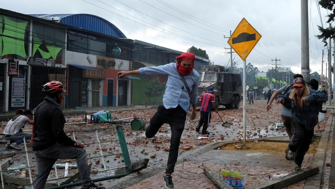 Bloqueos, represión policial y disturbios: ¿qué pasa en el municipio colombiano de Facatativá?