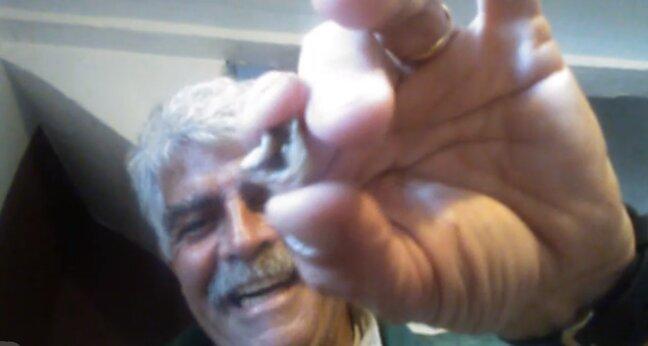 Un hombre logra desbloquear su 'smartphone' con su dedo índice amputado - RT