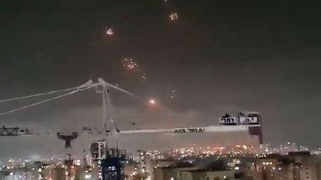 VIDEO: El sistema de defensa aérea israelí Cúpula de Hierro intercepta múltiples cohetes lanzados desde Gaza
