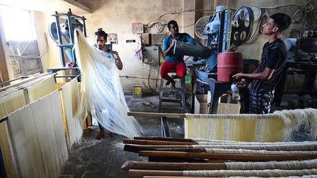 """""""Fabrique en la India"""": cómo Nueva Delhi busca tomar ventaja a la pérdida de influencia de China en la economía post-covid"""