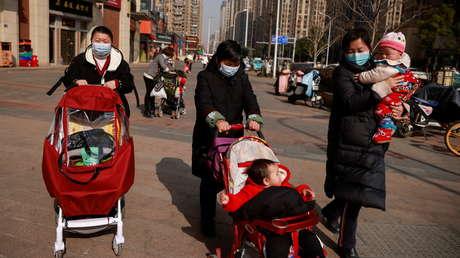 La población total aumentó, pero los nacimientos volvieron a caer: China publica los resultados de su séptimo censo nacional