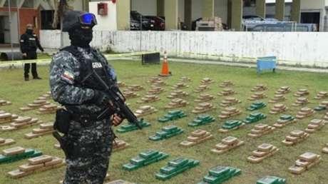 La Policía de Ecuador decomisa más de tres toneladas de cocaína que serían trasladadas al Reino Unido