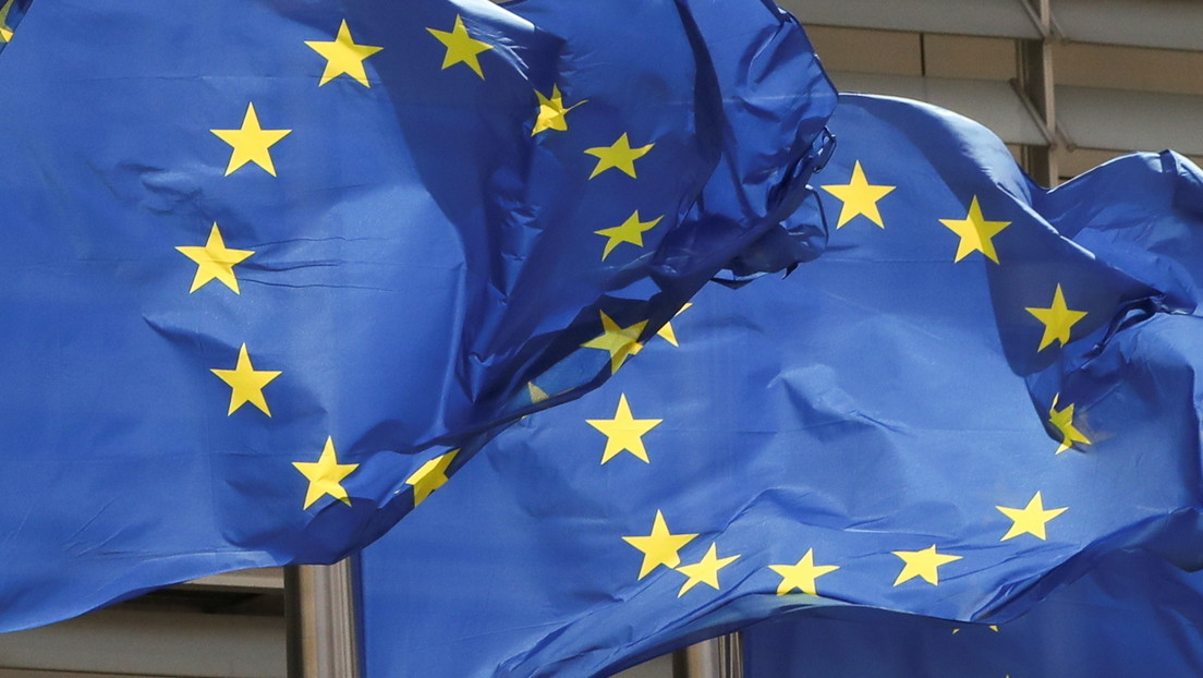 """""""El enfoque de EE.UU. con la UE se describiría no como impulsado por buena fe o solidaridad, sino como 'mantenerla con una correa'"""", según un analista"""