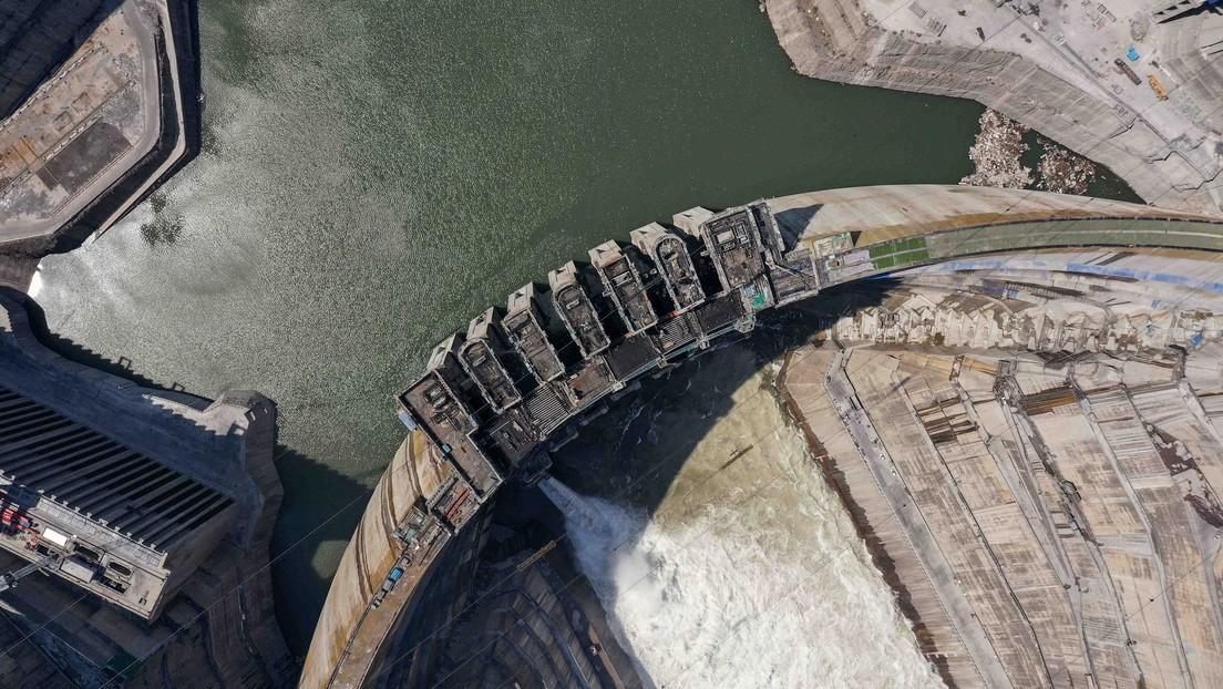Сonstrucción de la central hidroeléctrica de Baihetan, China, el 22 de abril de 2021