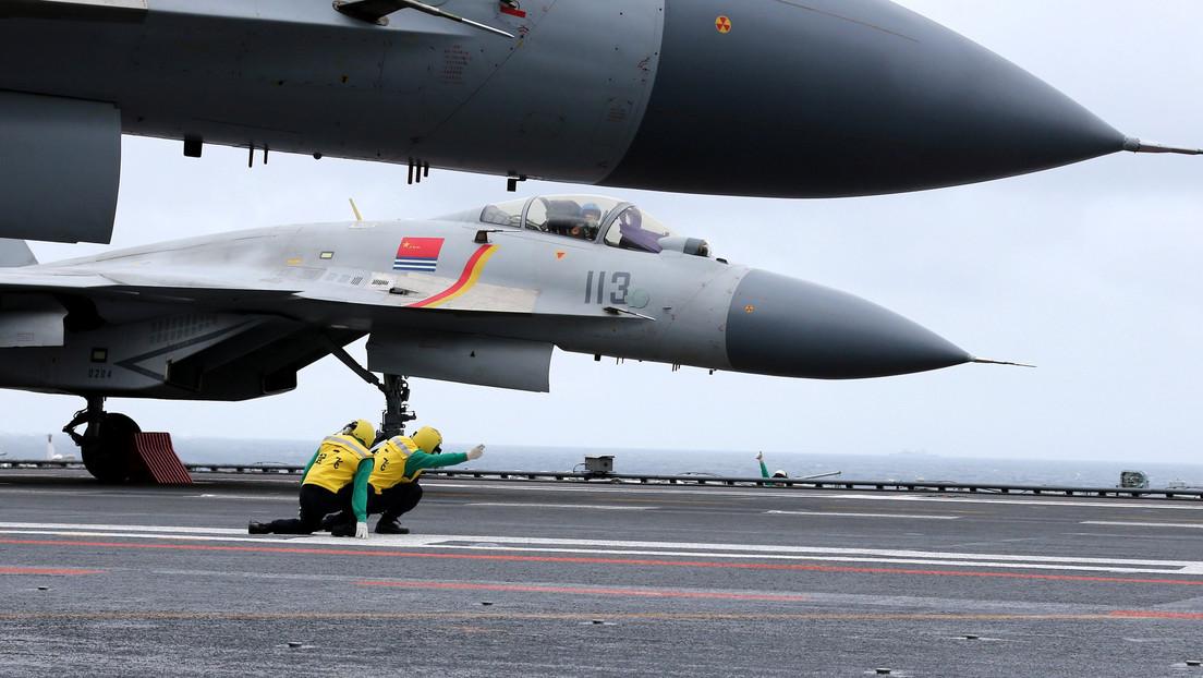"""Malasia denuncia una """"intrusión"""" de China tras interceptar 16 aviones militares sobre el mar de la China Meridional"""