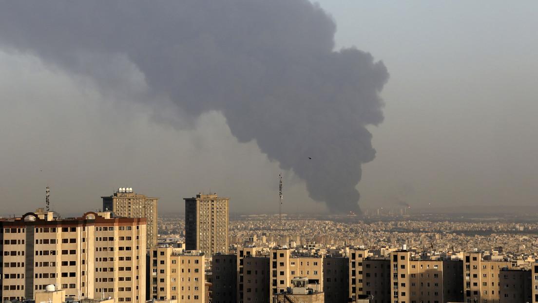 Una refinería de petróleo en el sur de Teherán, Irán.