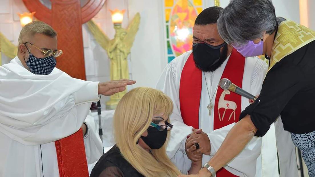 Jaqueline Chanel, la pastora al frente de la primera iglesia trans de Brasil