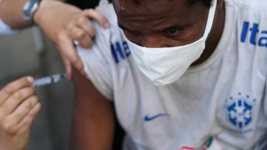 Brasil realizará un nuevo experimento de vacunación en masa contra el covid-19 a personas entre 18 a 49 años de una misma ciudad