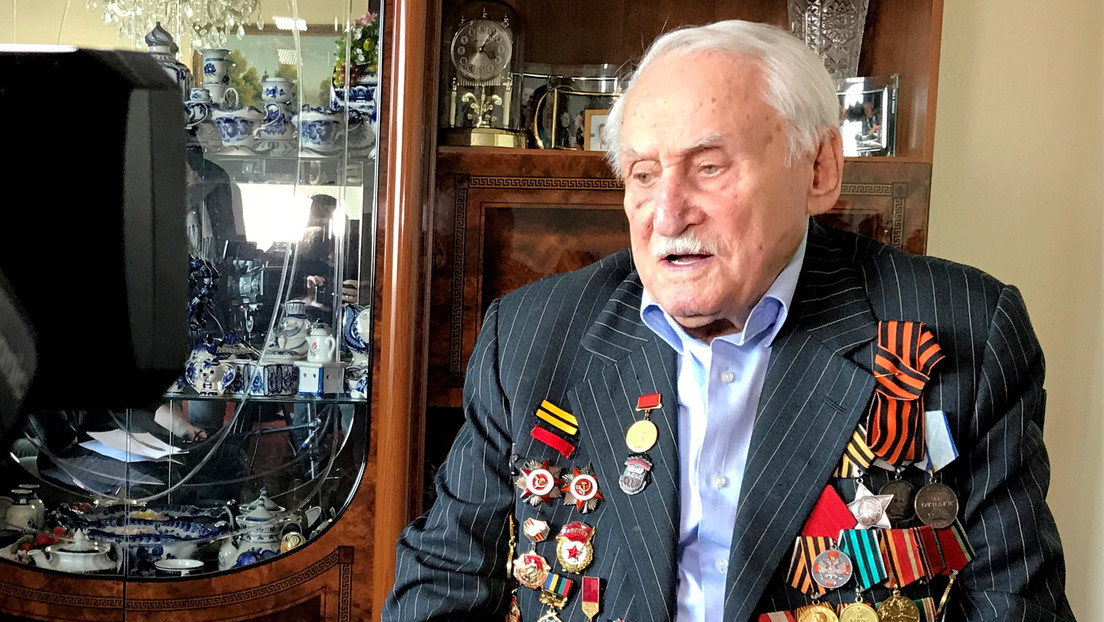 Fallece a los 98 años el último libertador de Auschwitz y entrenador olímpico de esgrima, David Dushman