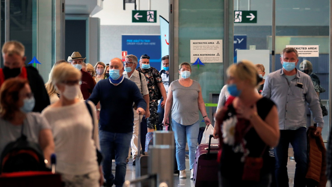 España abre sus fronteras a los turistas internacionales vacunados este lunes