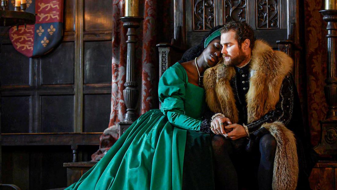 Califican a la serie 'Anne Boleyn', en la que una actriz negra interpreta a la reina de Inglaterra, como una de las peores de la historia en IMDb