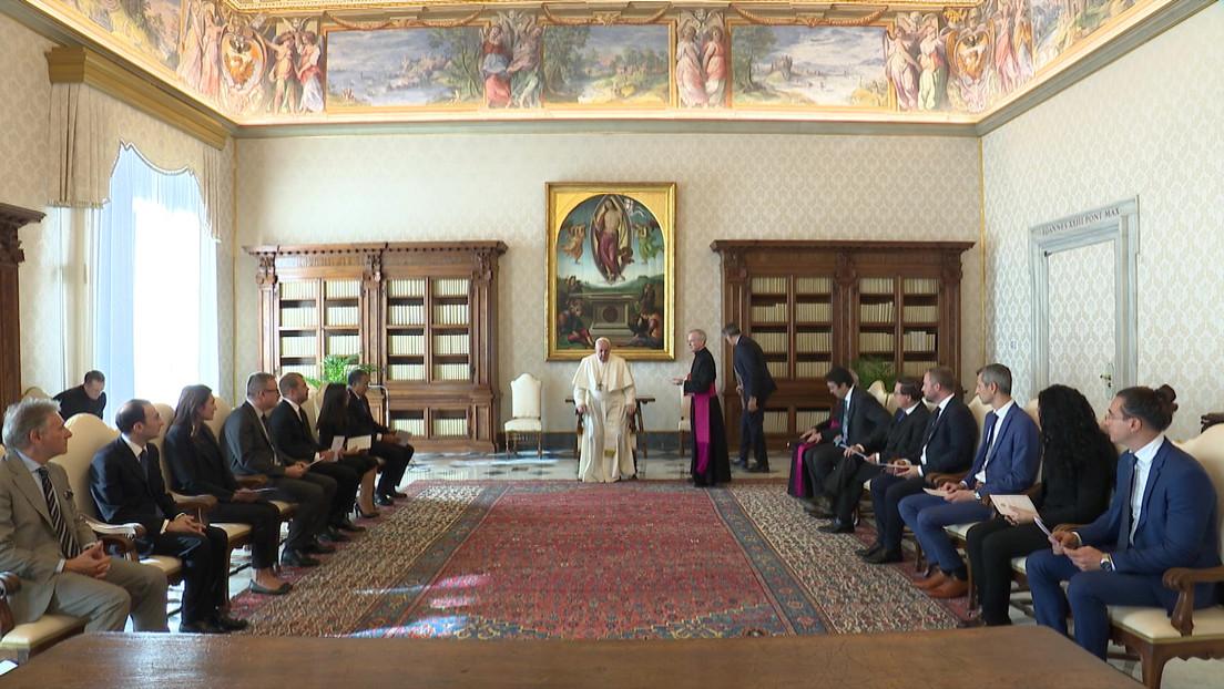 El organismo europeo de control financiero insta al Vaticano a facilitar el enjuiciamiento de sus altos clérigos