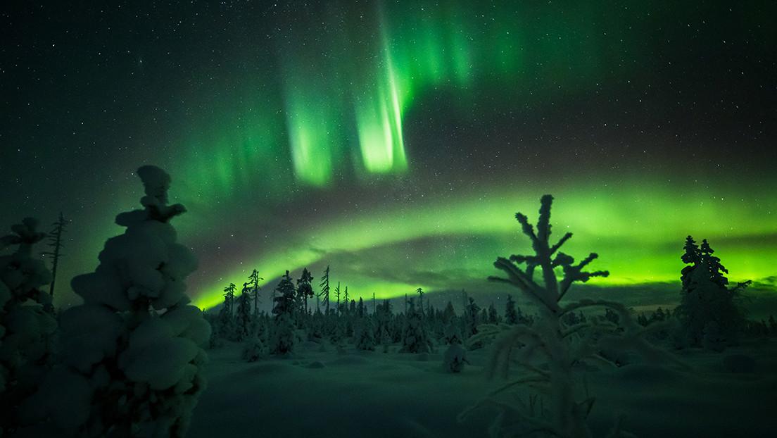Científicos prueban y explican el origen de las auroras boreales tras reproducir en un laboratorio las condiciones en las que sucede el fenómeno