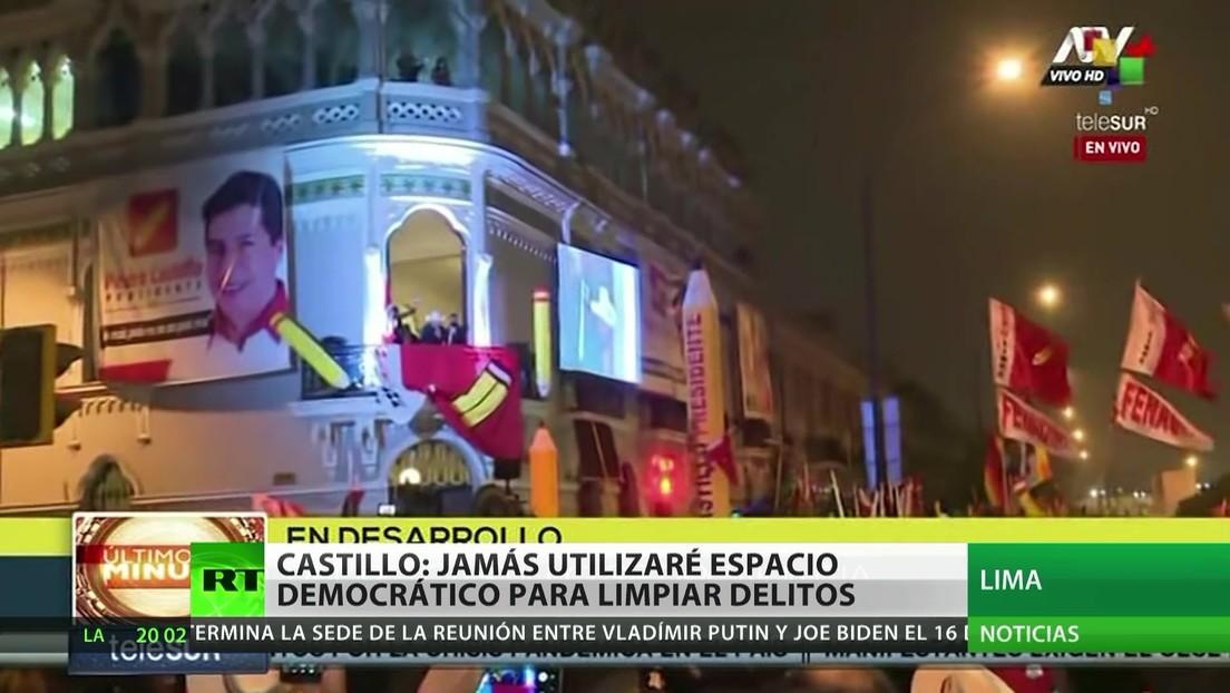 """Castillo: """"Jamás aprovecharé espacio democrático para limpiar delitos"""""""
