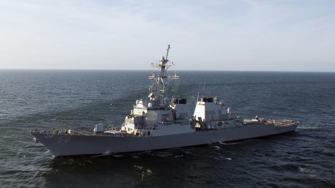 El destructor de la Armada estadounidense Laboon entra en el mar Negro