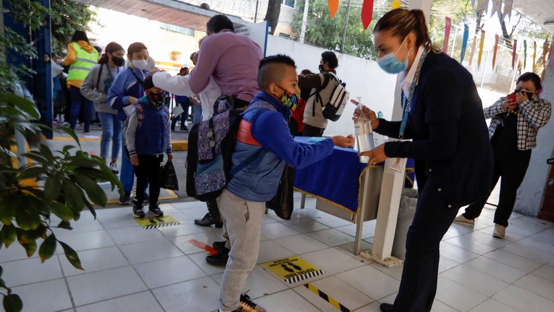 México estudia autorizar el uso de la vacuna Pfizer-BioNTech a partir de los 12 años