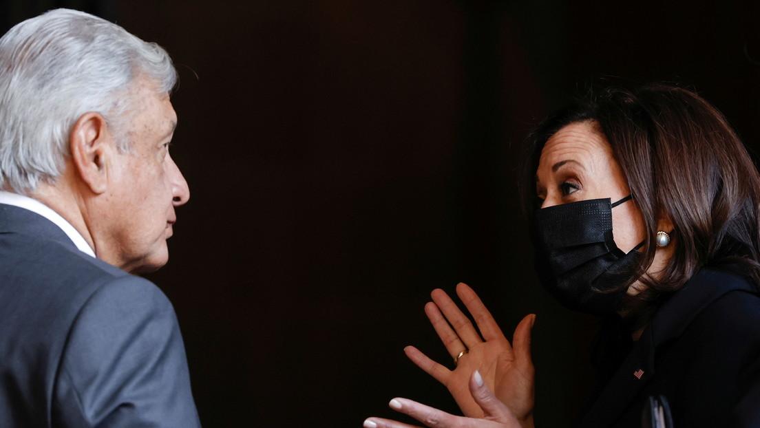 """López Obrador revela que llamó """"presidenta"""" a Kamala Harris durante su visita a México"""