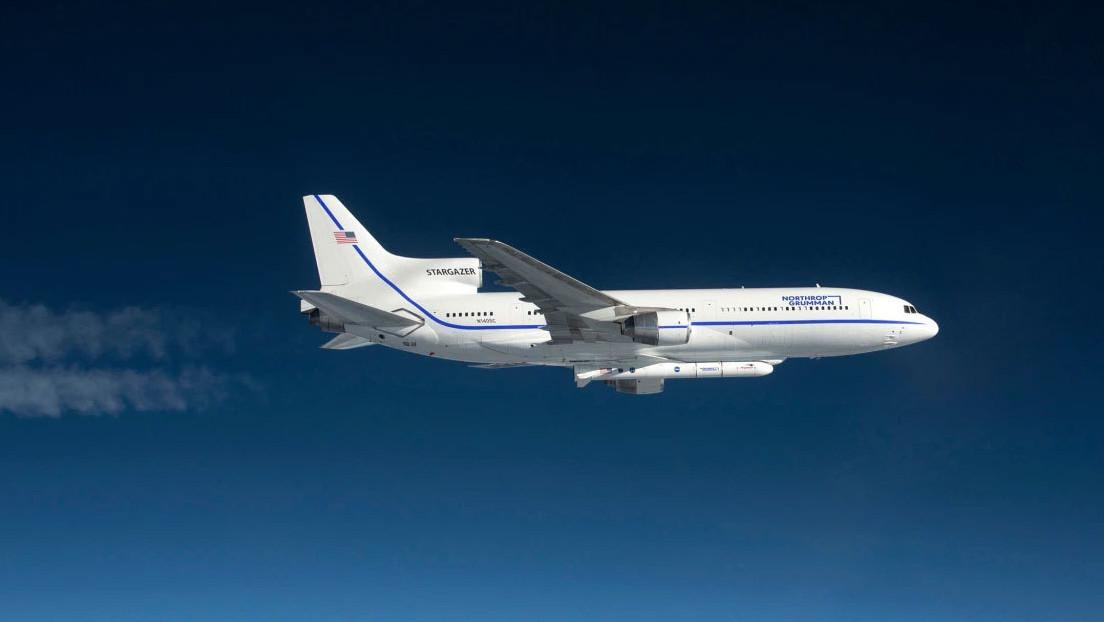 """La Fuerza Espacial de EE.UU. lanza con éxito un satélite para el """"estudio del dominio espacial"""" y detección de objetos artificiales en órbita"""