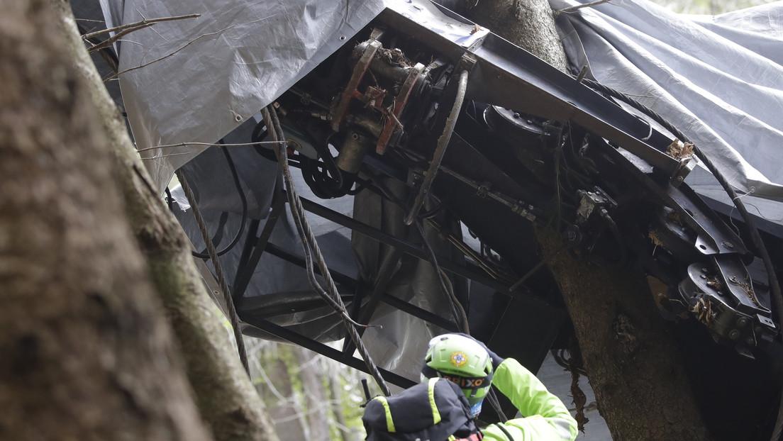 VIDEO: Momento de la caída de la cabina del teleférico en los Alpes italianos que dejó 14 muertos