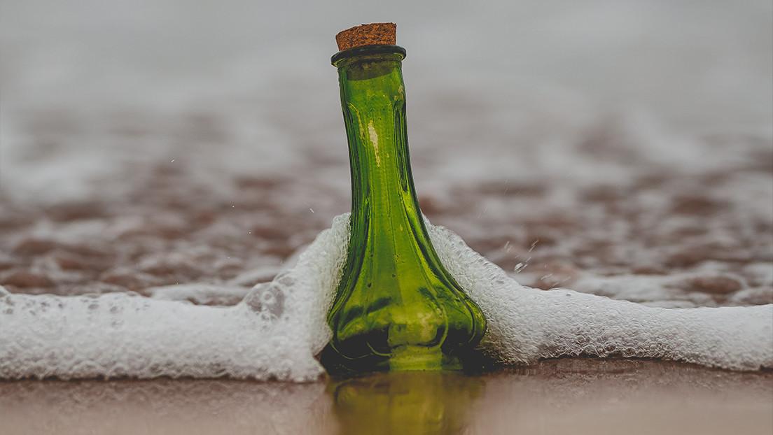 Un joven encuentra en Portugal una botella con un mensaje en su interior lanzada al Atlántico desde el norte de EE.UU