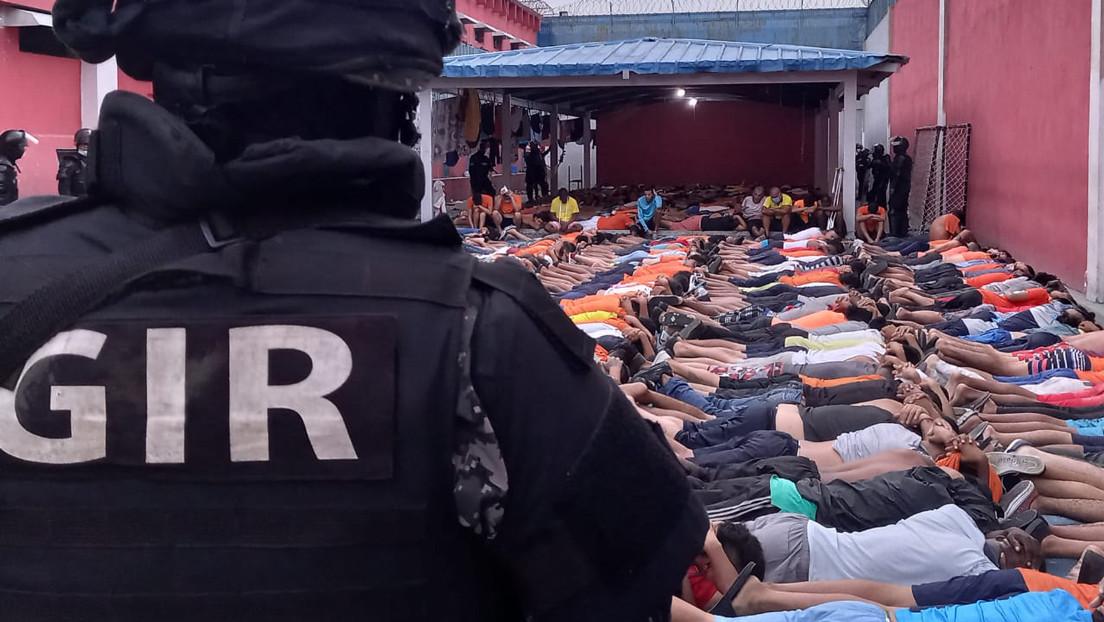 VIDEO: Más de 1.500 agentes realizan un megaoperativo en una cárcel de Ecuador tras los disturbios que dejaron dos muertos