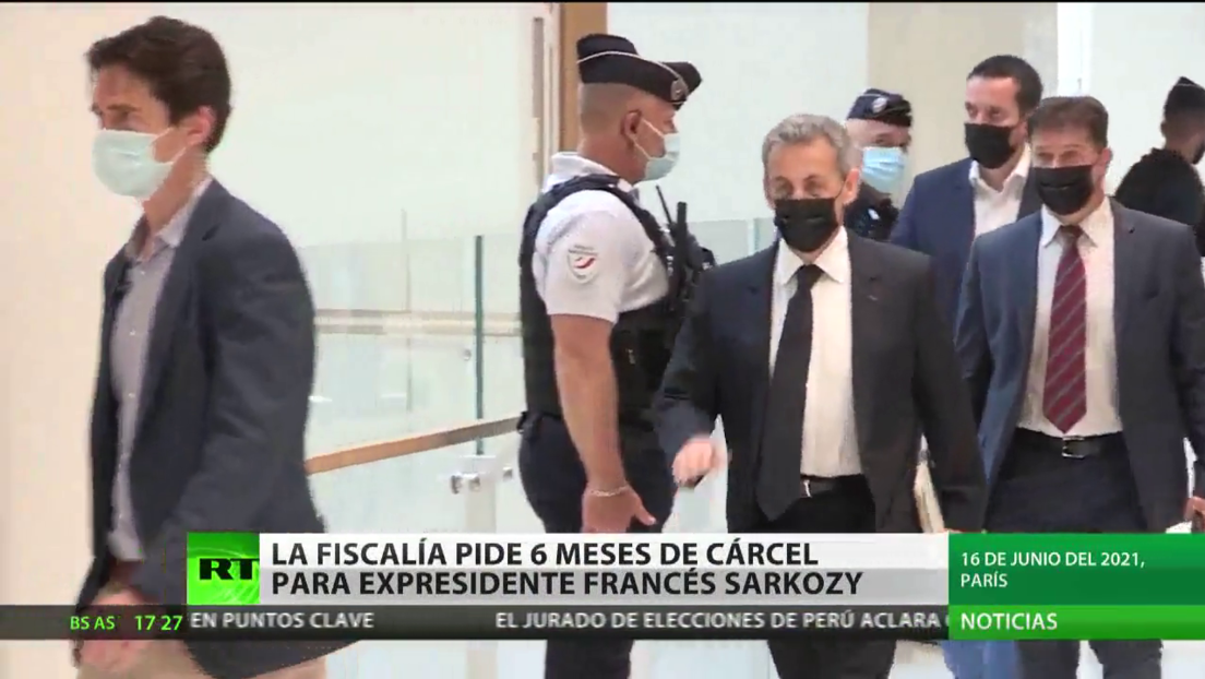 La Fiscalía de Francia pide seis meses de cárcel para el expresidente Nicolas Sarkozy