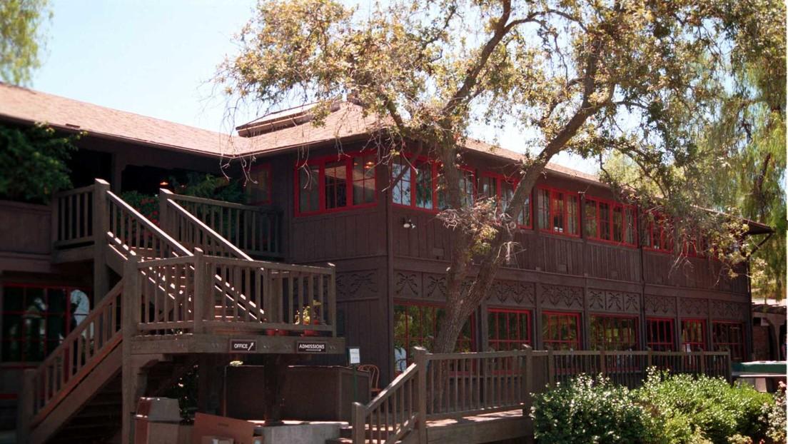 Destapan casos de abusos sexuales ocurridos durante 40 años en una prestigiosa escuela de California