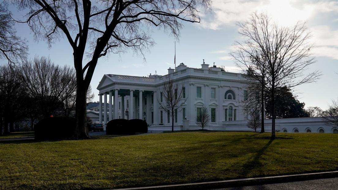 """La Casa Blanca anuncia que Washington preparó """"fondos de reserva"""" para Ucrania en caso de que se agrave la situación en su frontera con Rusia"""