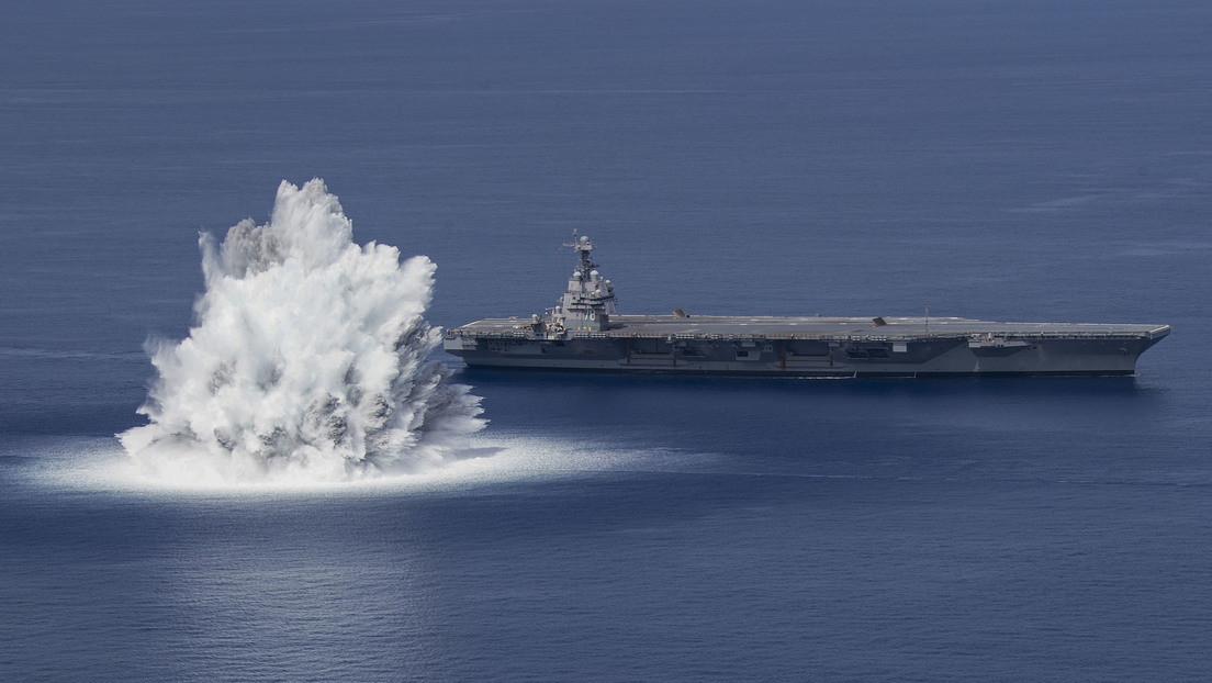 EE.UU. publica videos de una gran explosión durante una prueba de su portaviones más avanzado, registrada como un terremoto de magnitud 3,9