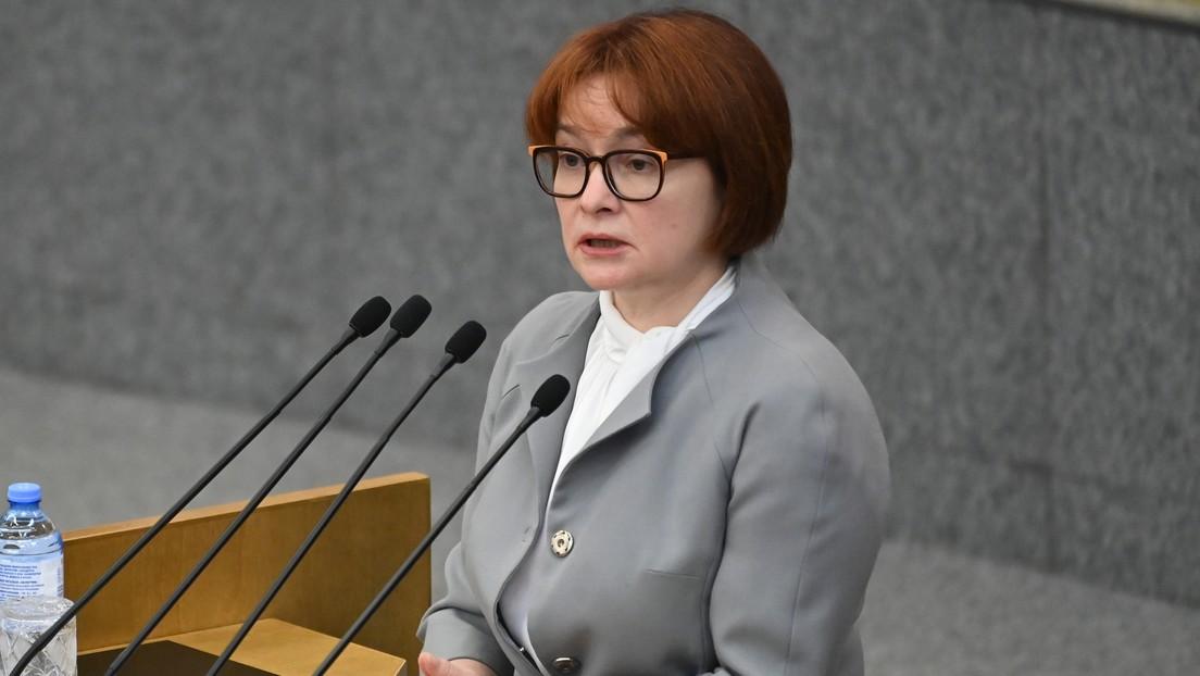 """La jefa del Banco Central de Rusia da consejos a los inversores y explica cuál es """"la más peligrosa de todas las estrategias"""""""