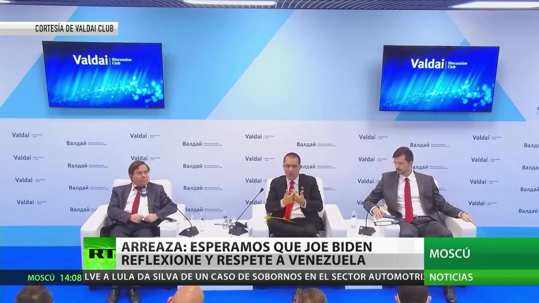 Jorge Arreaza se reúne con Serguéi Lavrov durante su visita oficial a Rusia