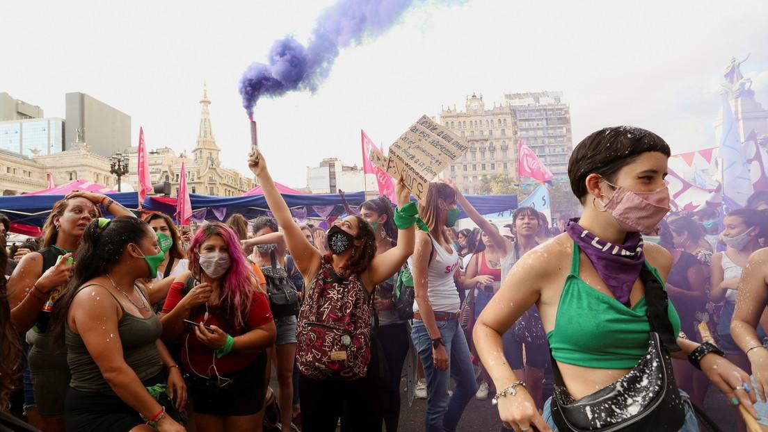 El insólito proyecto de la derecha que pretende prohibir por ley el uso del lenguaje inclusivo en Argentina
